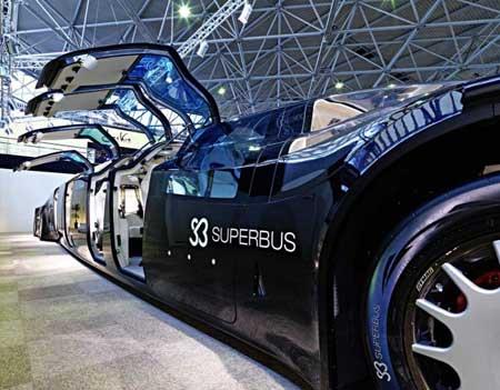"""أثرياء يشتري سيارة """"سوبرباص"""" الفريدة"""