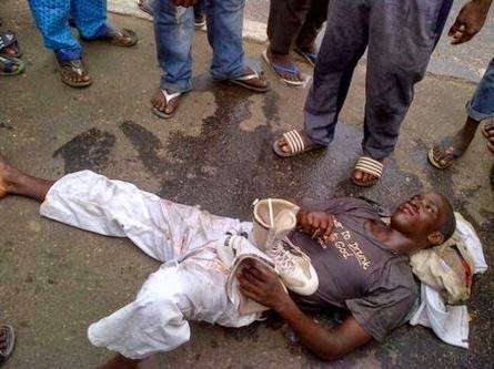 Car Knocks down a young man in Ojota for wearing earpiece while walking on the road