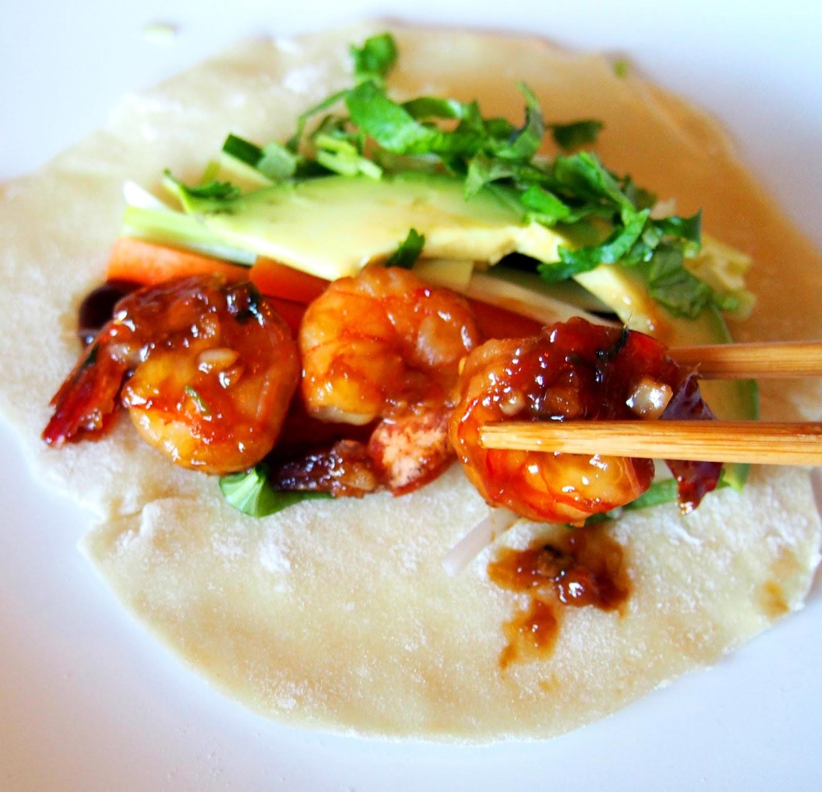 #asian #shrimp #seafood #fish #sea #food #chinese #soy #sauce #crepe #avocado #roll