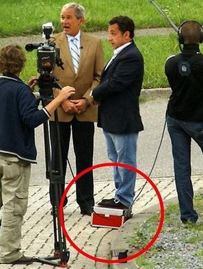 Funny pictures Nicolas Sarkozy and George Bush