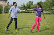 Nuvvena Adi Nivvena Movie Stills-thumbnail-12