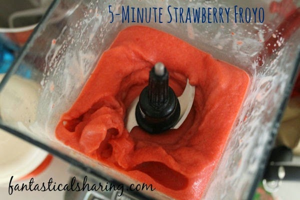 5-Minute Strawberry Froyo | Four simple ingredients and five minutes of your time make for a healthy, delicious, unbelievable treat! #strawberry #froyo #recipe
