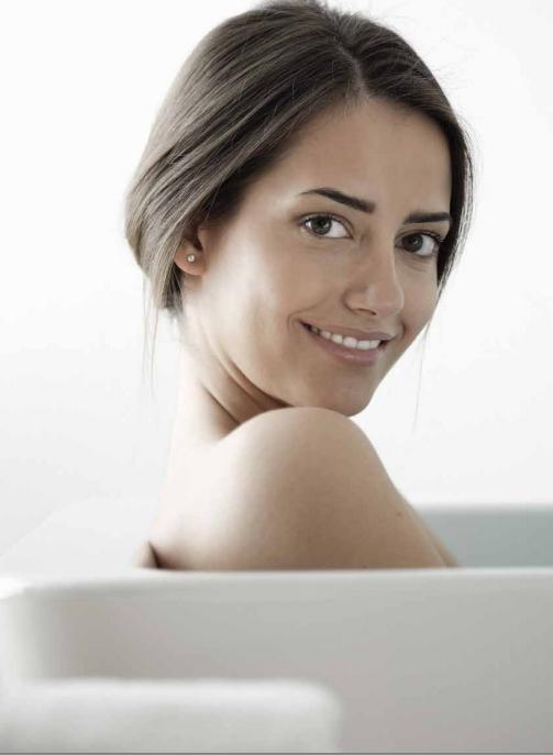 Новинки октября от Kolpa-San и Kerrock: новые ванны, шторки, двери, мебель и раковины