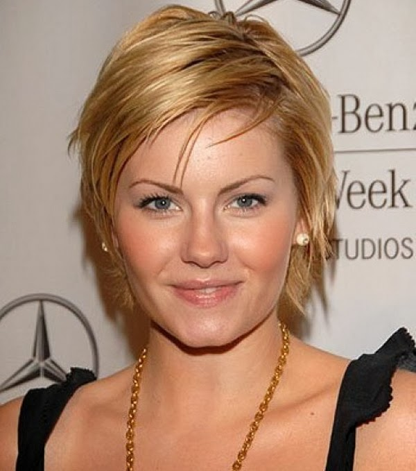 Short Cool Hairstyles for Round Faces