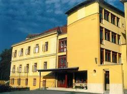 Das Gebäude des Klassenzuges