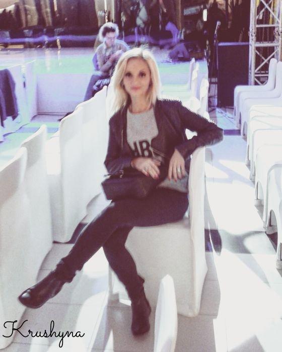 na pokazie mody, Lublin, Tarasy Zamkowe, fashion show, polish girl, ragazza bionda, blond, blondie, long hair, long blond hair, blogger, blogerka, Lublin, blog, vip