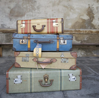 A hillbilly 39 s life suitcase redo for The vintage suitcase