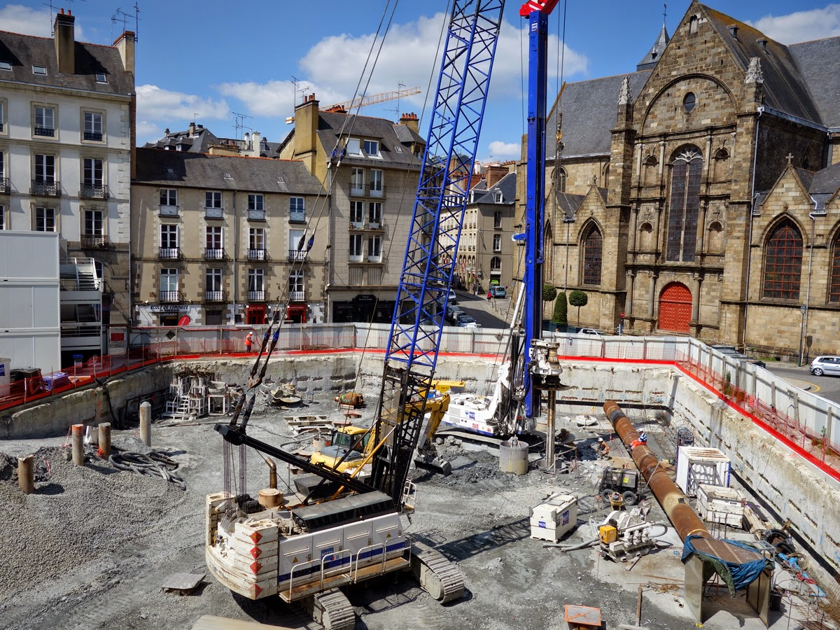 La place Saint-Germain de Rennes, le 27 avril 2015 : les travaux avancent...