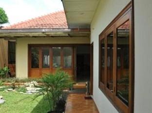 Alamat Pandanaran Budget Hotel Berada Di Jl Ngesrep Barat III No 41 Semarang Jawa Tengah