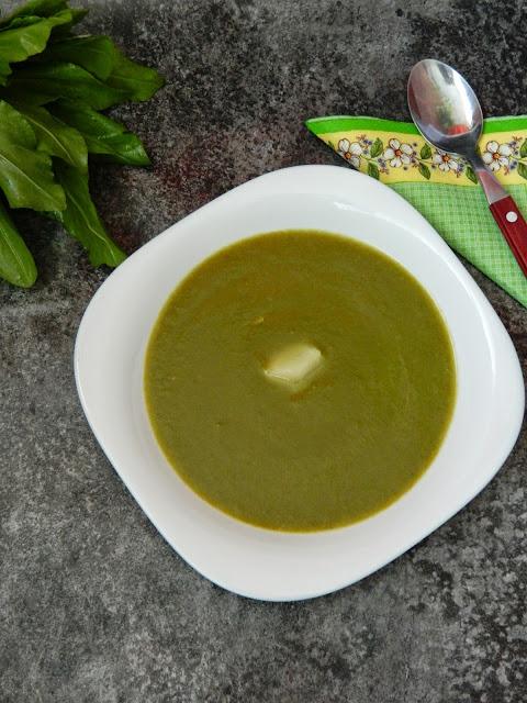 Supa de macris cu pere