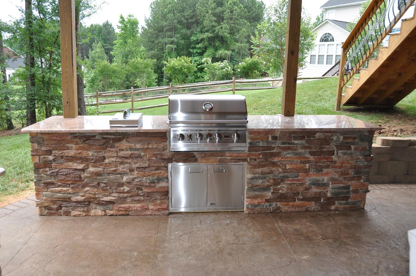 Vista outdoor living for Outdoor summer kitchen