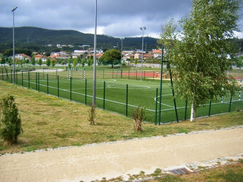 Campo de Futebol no Parque