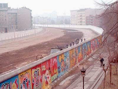 معلومات عن انهيار جدار برلين و احتفالات المانيا 2014