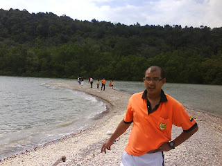 beting pasir pulau aman