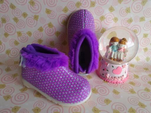 sepatu anak; sepatu anak 1 tahun; sepatu anak perempuan; sepatu anak murah; sepatu anak boot; sepatu anak cewek; sepatu bayi; sepatu bayi perempuan; sepatu bayi lucu; sepatu bayi murah; pernak pernik bayi; sepatu bayi murah; grosir sepatu anak