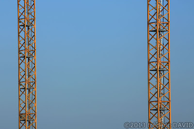 grues chantier Carré Sénart Lieusaint Seine et Marne