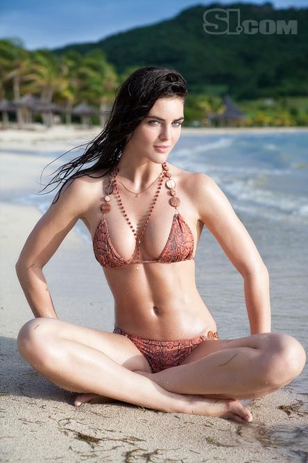 http://1.bp.blogspot.com/-Yr-YUM-Kx7c/TV49p-1zyTI/AAAAAAAAIx0/tNa9Nczh_Gk/s1600/Hilary+Rhoda+%2528SI+Swimsuit+2009%2529+%252810%2529.jpg