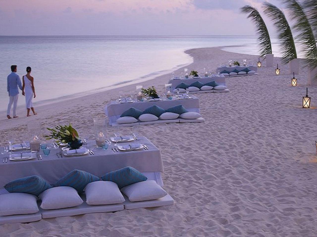 Panik Gelin Kumlarin Uzerinde Evlenmek Beach Wedding
