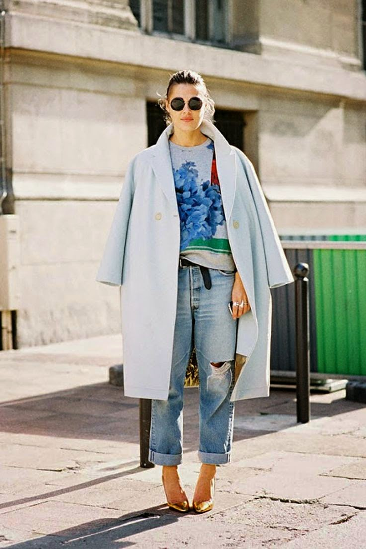 light blue coat, boyfriend jeans, blue sweater, gold shoes