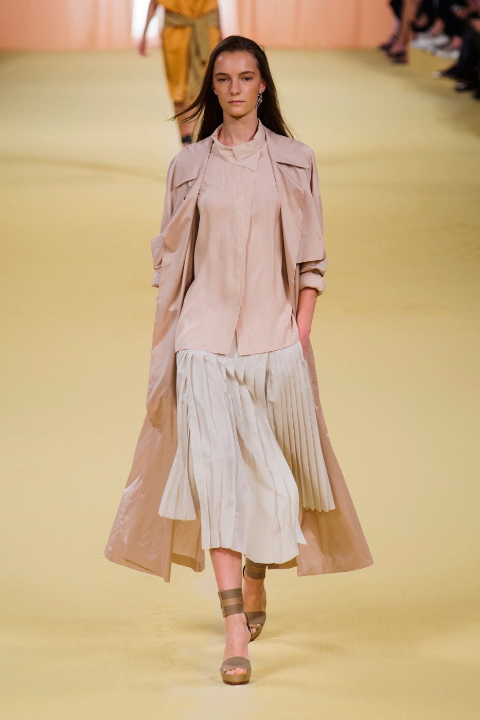 Christophe Lemaire Hermes Spring/Sumemr 2015 collection | Paris fashion week