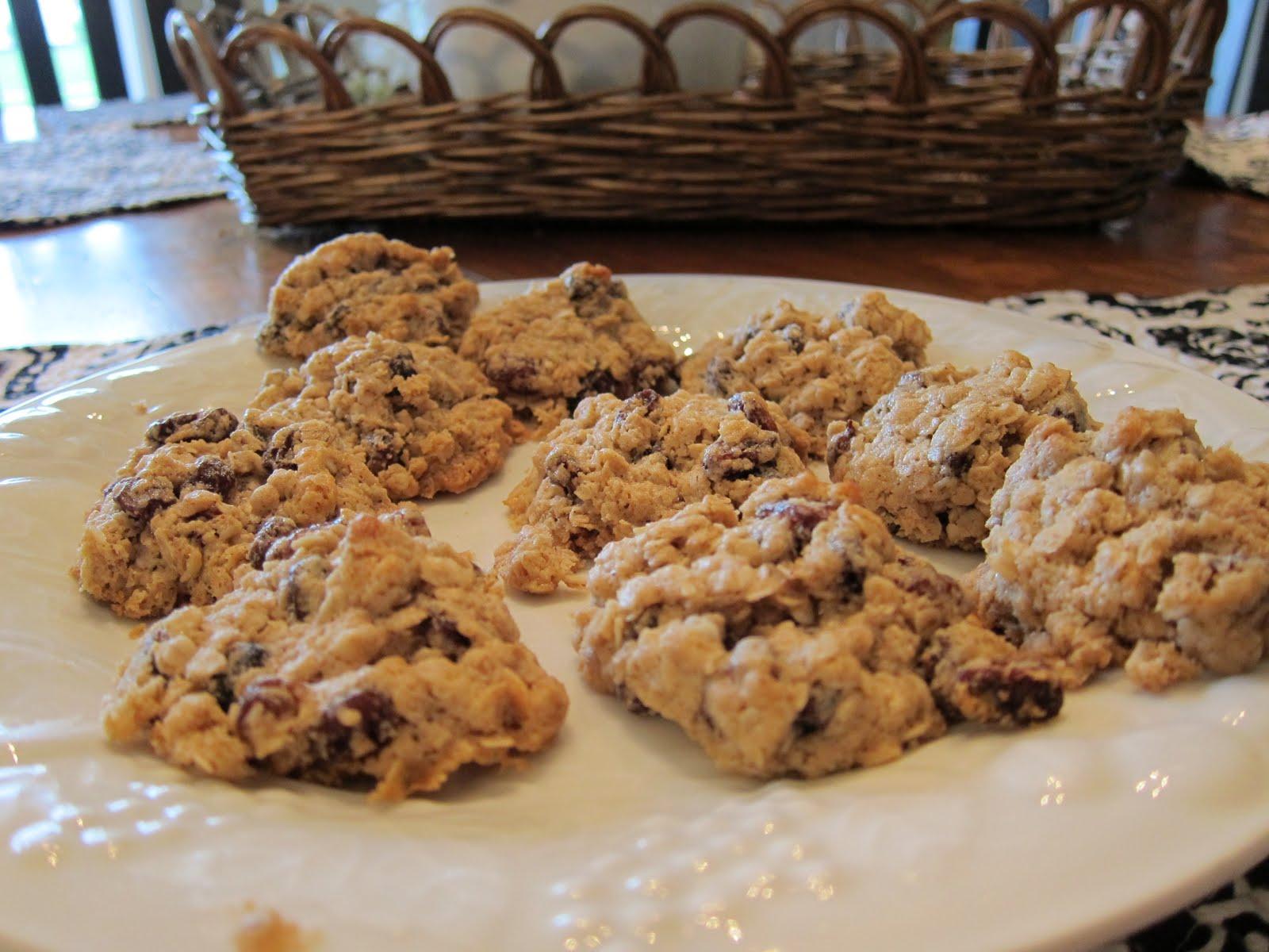 Oatmeal Raisin Cookies - Women Living Well