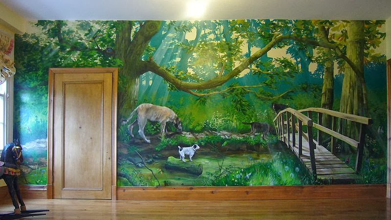 Photograph and mural by One Red Shoe- Murals & Artwork, Image source:wikipedia