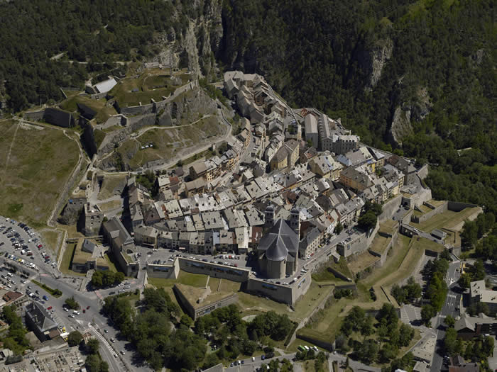 Briancon France  City new picture : Mary & Patch: Briançon