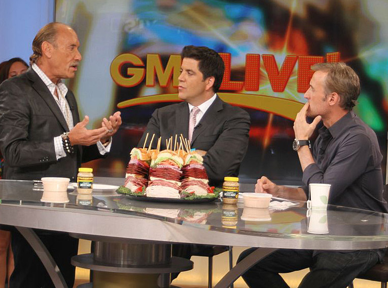 Good Morning America Gossip : Times square gossip les gold