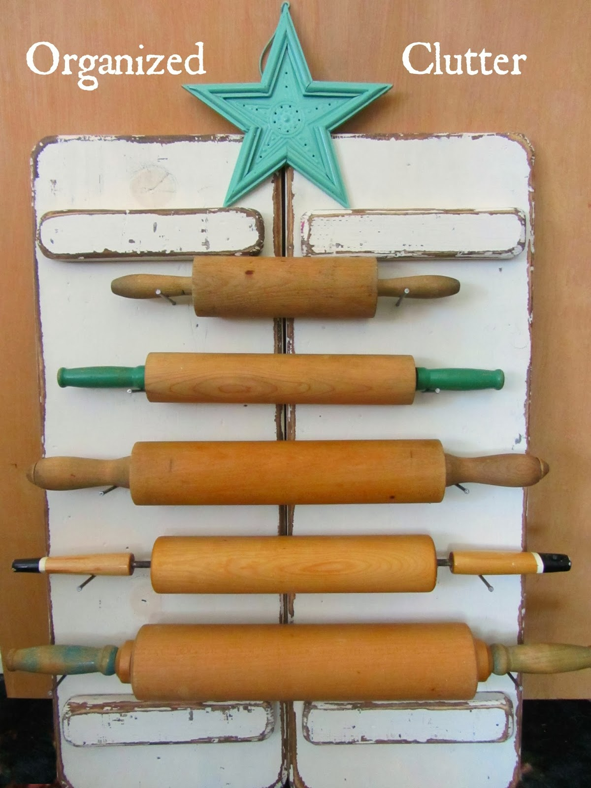 Rolling Pin Christmas Tree www.organizedclutterqueen.blogspot.com