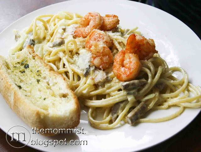 Shrimp pasta at Volante