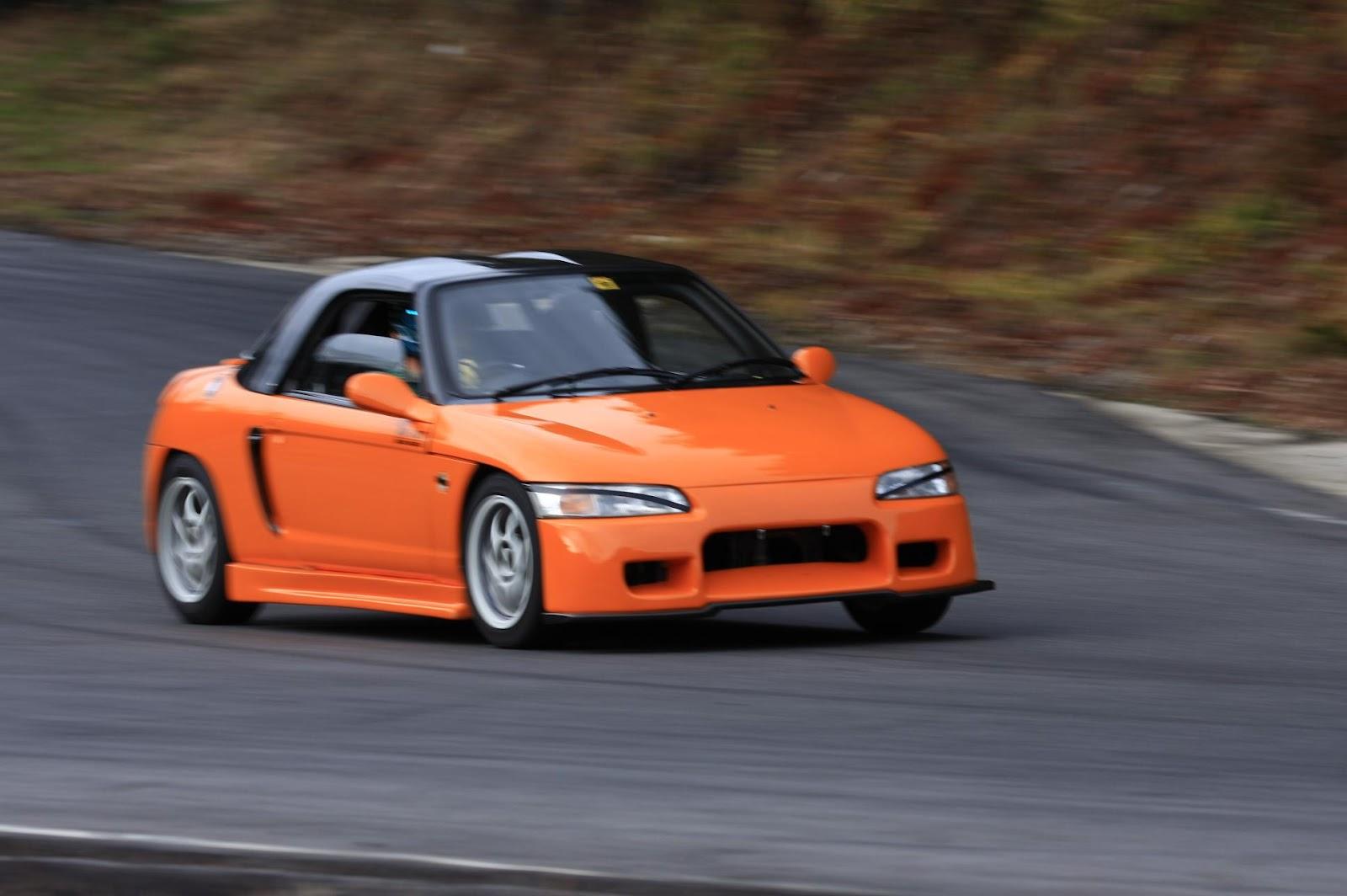 Honda Beat, kei car, roadster, małe sportowe samochody, napęd na tył, silnik 0.7, kultowe auta z lat 90