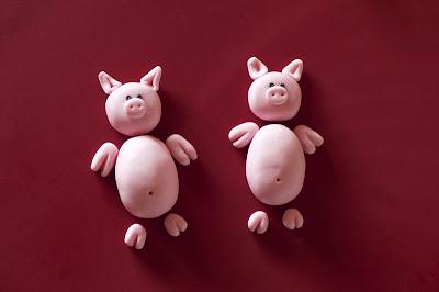 Pujsa ležeča iz tičino mase - Pig from fondant