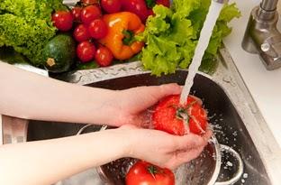 Tips Mencuci Buah dan Sayur Yang Benar