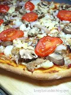 tuna-crab-mushroom-pizza
