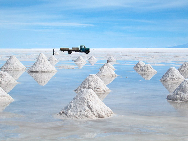 Salar+de+Uyuni+sea+of+salt+5.jpg