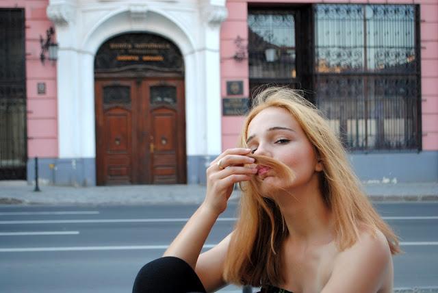trip / travelling / Romania / girl