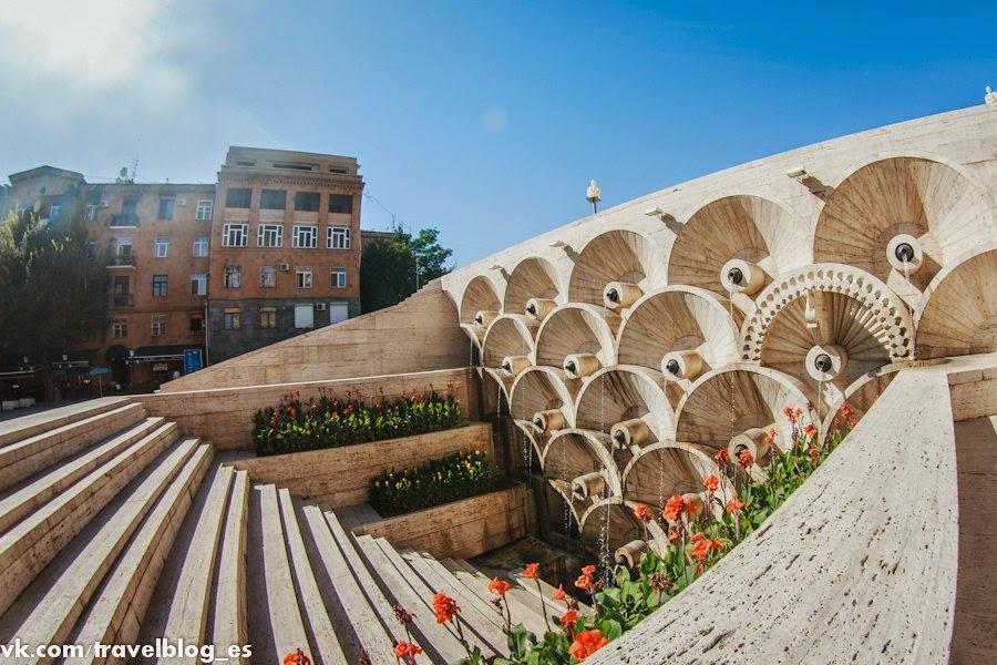 """Центр современного искусства в Ереване (""""Каскад"""")"""