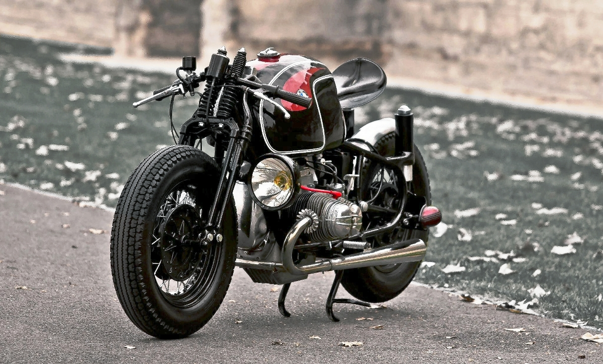 Famoso BMW R90S by Sébastien Beaupère | Return of the Cafe Racers DR53