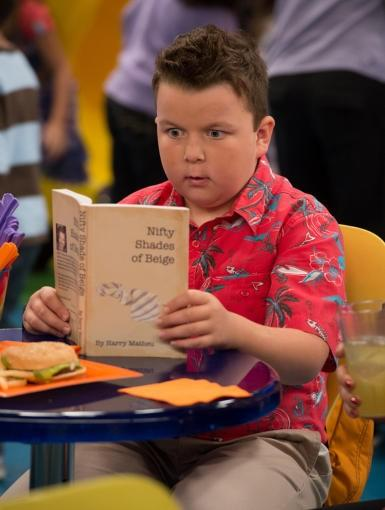 Guppy reads Nifty Shades of Beige while Spencer wins prize points