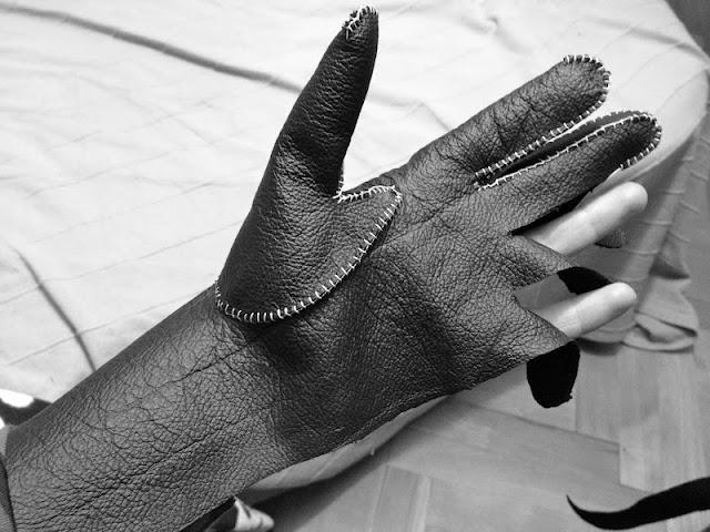 Перчатки своими руками из кожи