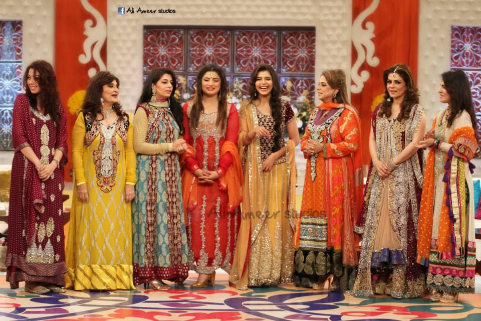 Nida yasir moribg show dresses 2013