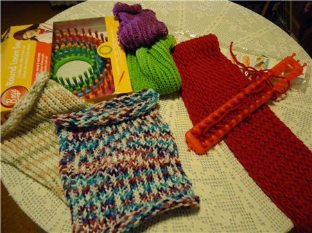 Cuellos y bufandas tejidos con telar