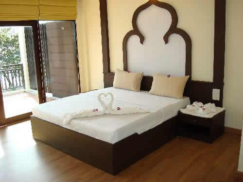 Interior design tips bed double bed designs - Designs of double bed ...