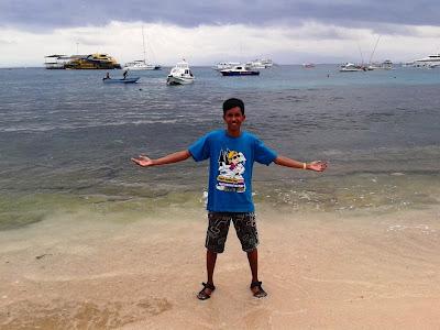 Pantai di lembongan