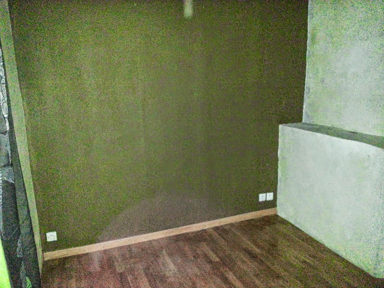 petite chambre en pierre et parquet bois