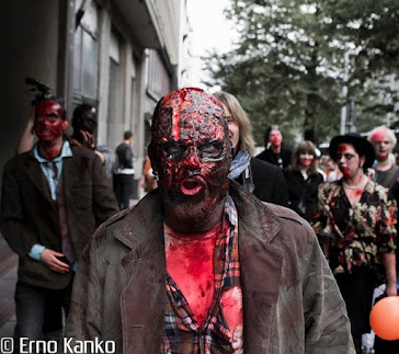 Zombie Walk Tampere 2011: Niko Udd. Make-up: Ari Savonen.