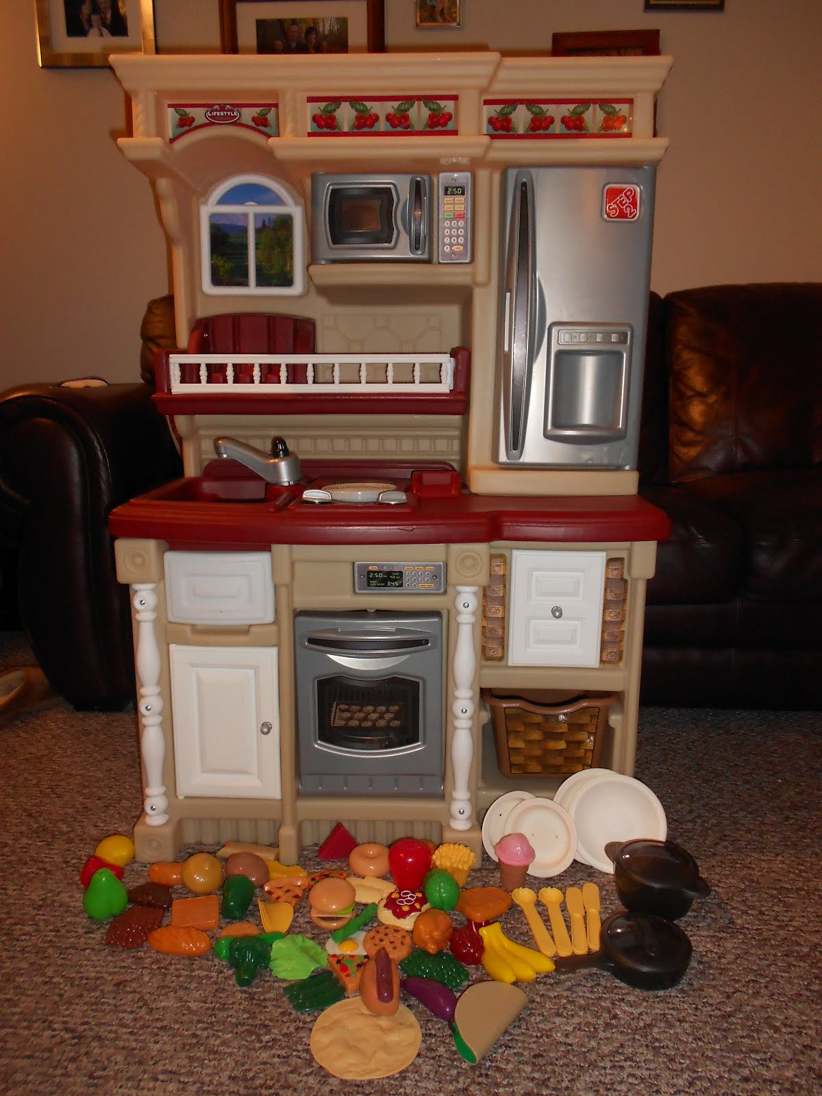 For Kitchen And All Food And Accessories Pictured  $40
