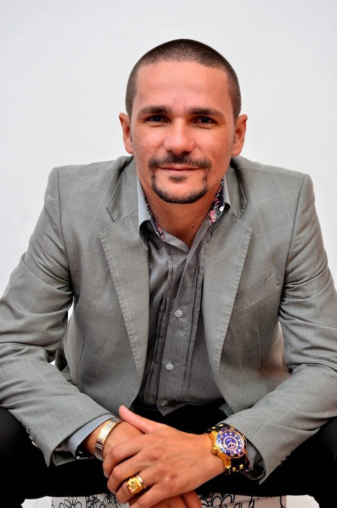PASTOR DANIEL SANTOS