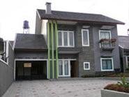 Villa Cemara Kuning