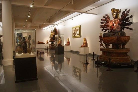 Vietnam Fine Art Museum /